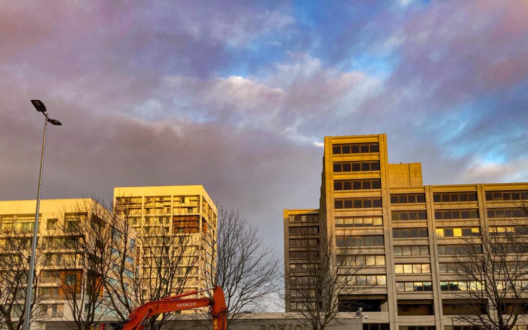 インフィル開発―古い建物を保護しながら都市開発を行う。
